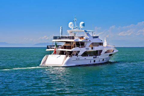 slideluxury_yacht0